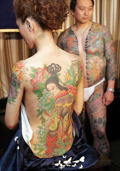 極道の妻達の覚悟がハンパない全身刺青(タトゥー)のエロ画像 33枚 No.9