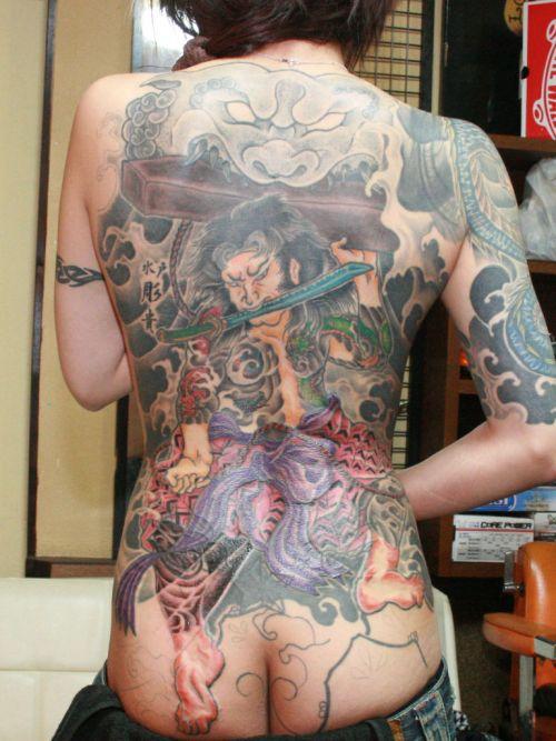 極道の妻達の覚悟がハンパない全身刺青(タトゥー)のエロ画像 33枚 No.26
