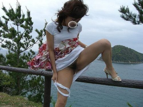 【画像】タンポン付けてオマンコをくぱぁと広げる生理中もムラムラする女達www 36枚 No.33