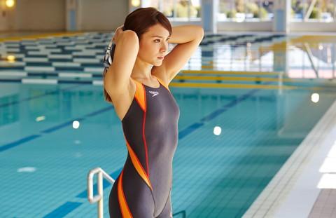 【画像】芸能人アイドルの競泳水着がハイレグで意外と際どいんだがwww 35枚 No.27