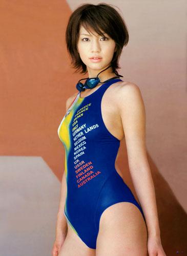 【画像】芸能人アイドルの競泳水着がハイレグで意外と際どいんだがwww 35枚 No.33