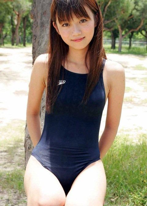 競泳水着を着た可愛い美少女のハイレグ股間の画像まとめたったwww 37枚 No.2