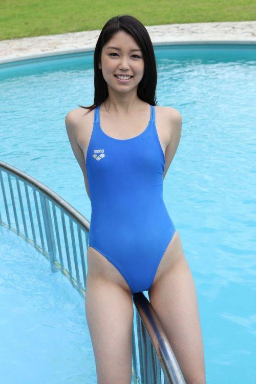 競泳水着を着た可愛い美少女のハイレグ股間の画像まとめたったwww 37枚 No.15