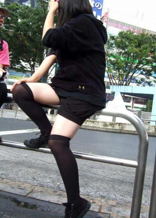 【画像】ニーソ女子のムチムチ太ももな絶対領域がエロ過ぎな件 51枚 No.11