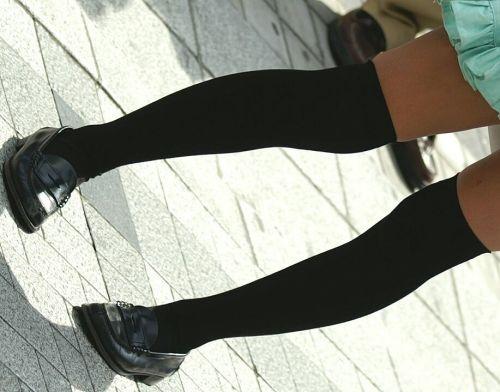 【画像】ニーソ女子のムチムチ太ももな絶対領域がエロ過ぎな件 51枚 No.14