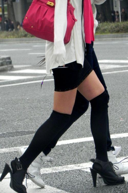 【画像】ニーソ女子のムチムチ太ももな絶対領域がエロ過ぎな件 51枚 No.19