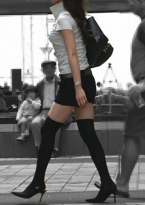 【画像】ニーソ女子のムチムチ太ももな絶対領域がエロ過ぎな件 51枚 No.29