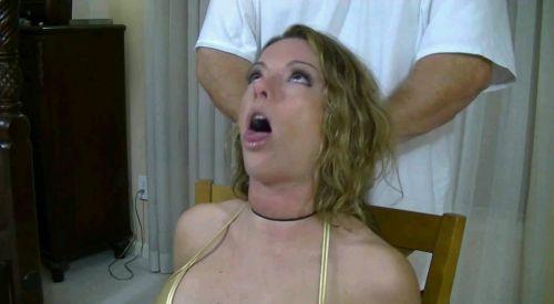 【事故注意】外人女性の首をロープで締め上げる狂人プレイのエロ画像 34枚 No.15