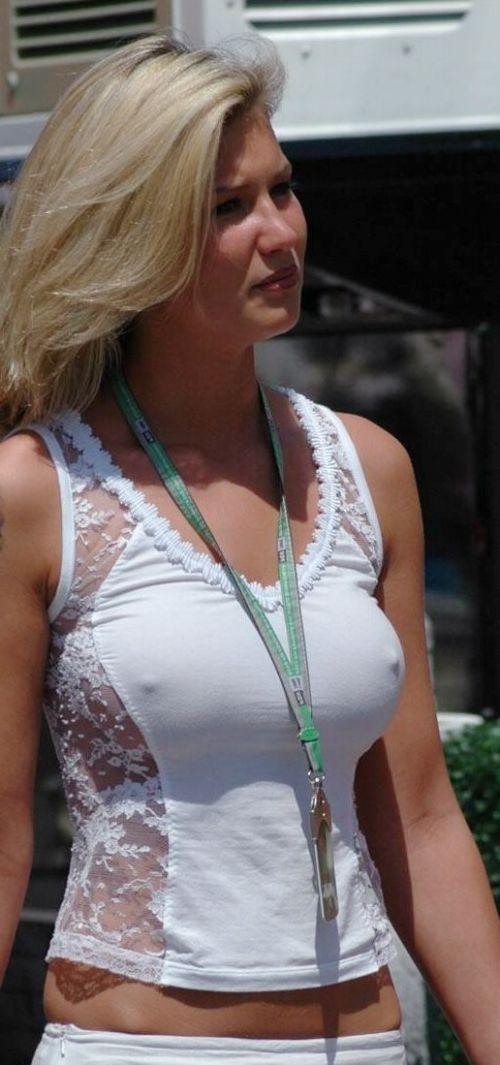 【エロ画像】海外では乳首ポチや乳輪見えて当たり前とか最高だなwww 34枚 No.9