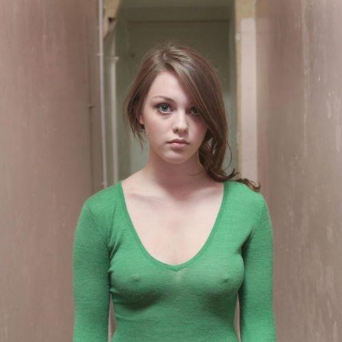 【エロ画像】海外では乳首ポチや乳輪見えて当たり前とか最高だなwww 34枚 No.17