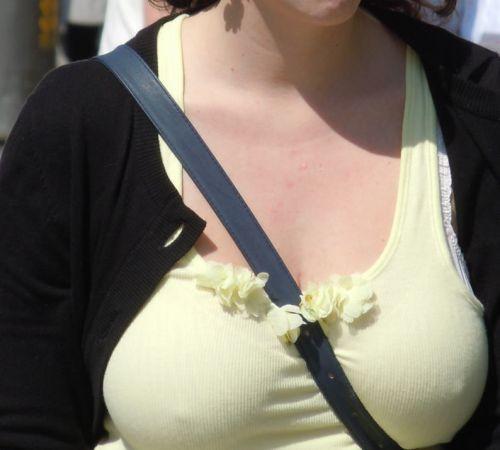 【エロ画像】海外では乳首ポチや乳輪見えて当たり前とか最高だなwww 34枚 No.25