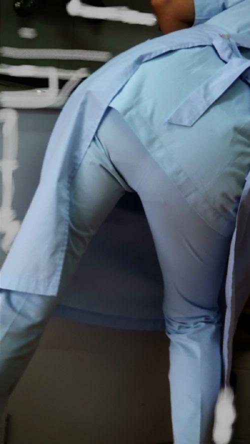 パンティラインが浮き出ちゃう看護師さんのお尻を盗撮したエロ画像 31枚 No.14