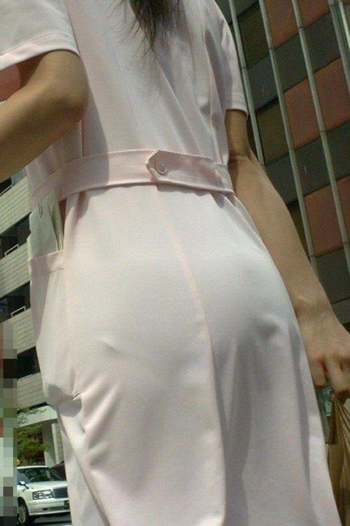 パンティラインが浮き出ちゃう看護師さんのお尻を盗撮したエロ画像 31枚 No.31