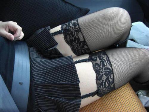 美女に高級黒ガーターベルトが太ももとお尻に食い込むエロ画像 31枚 No.14