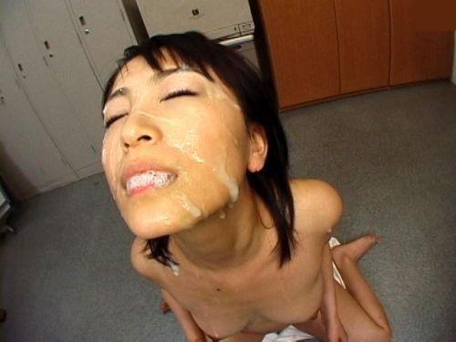 綺麗なお姉さんの顔を精液まみれにする顔射ぶっかけエロ画像 36枚 No.11