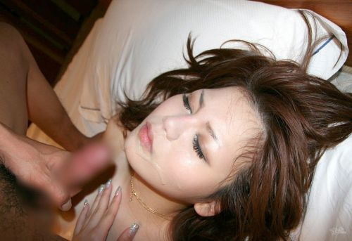 綺麗なお姉さんの顔を精液まみれにする顔射ぶっかけエロ画像 36枚 No.33