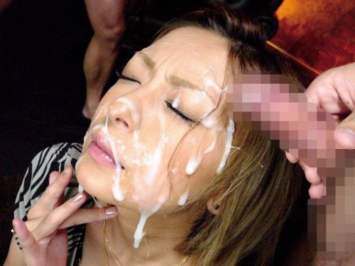 綺麗なお姉さんの顔を精液まみれにする顔射ぶっかけエロ画像 36枚 No.35