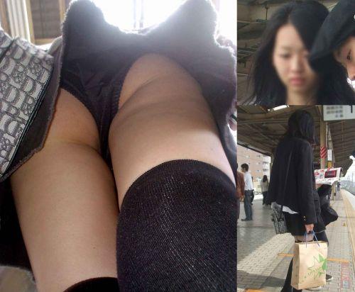ニーハイを履いたミニスカ女性のパンチラを逆さ撮り盗撮したエロ画像 34枚 No.29