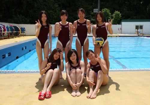 みんなで競泳水着のお尻や股間晒して記念撮影しちゃう水泳部のエロ画像 38枚 No.6