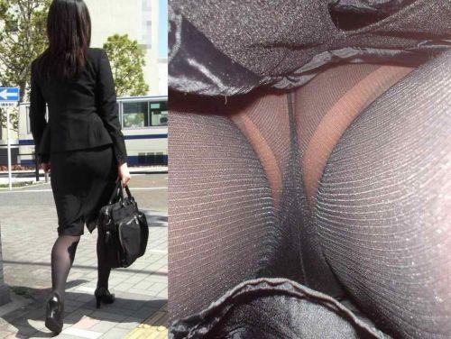 OLさんのタイトスカートの狭い隙間から逆さ撮りしたエロ画像 37枚 No.12