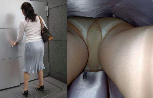 OLさんのタイトスカートの狭い隙間から逆さ撮りしたエロ画像 37枚 No.16