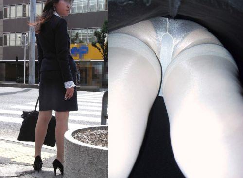 OLさんのタイトスカートの狭い隙間から逆さ撮りしたエロ画像 37枚 No.23
