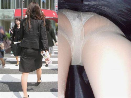 OLさんのタイトスカートの狭い隙間から逆さ撮りしたエロ画像 37枚 No.25