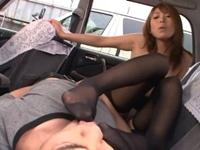 【無修正】タクシーの後部座席で客を痴女る女ドライバー(pornhub)
