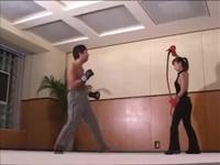 M男 女王様 VS M男格闘家