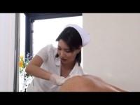 痴女ナースが患者を前立腺責めしながら乳牛手コキで強制的に連続射精させる!