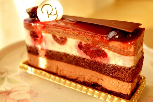 【ケーキ】リョウラ「フォレノワール」