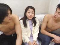 【無修正】純粋人妻の白肌と垂れた乳房 山根恵子