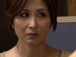 本日の人妻熟女動画 : 【万引き】これ奥さんですよね?万引きの罪でハメられちゃう人妻♪