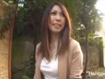 本日の人妻熟女動画 : 【素人】ここでヤリますか!野外でフェラ抜きさせられちゃう人妻♪