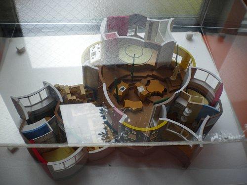 三鷹反転住宅・模型