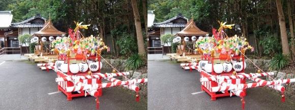 大神神社 自動車お祓所 子供神輿と太鼓台(交差法)