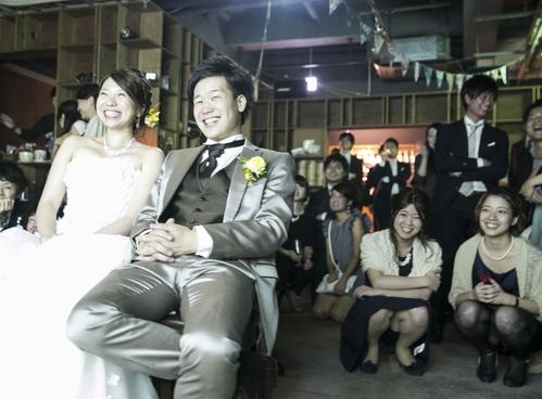 結婚式でパンチラしてるやつらって相当溜まってるwww(欲求不満でドレスの中がムンムンしてる)
