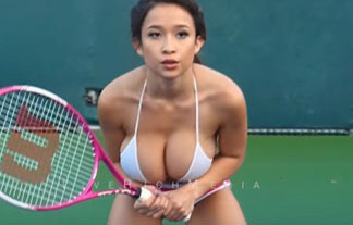 【※衝撃エロ画像】バスト100cmがテニスをした場合wwwww