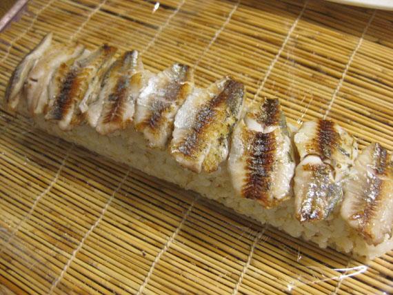 焼き鮎寿司02
