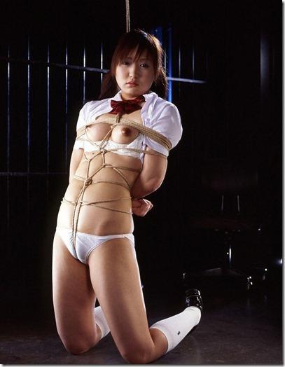 【緊縛股縄画像40枚】おまえの股に食い込む縄になりたい!07