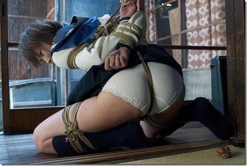 【緊縛股縄画像40枚】おまえの股に食い込む縄になりたい!15