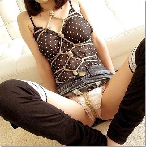 【緊縛股縄画像40枚】おまえの股に食い込む縄になりたい!22