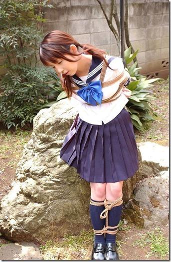 昭和浪漫風;母に内緒で調教された制服娘のSMエロ動画像08