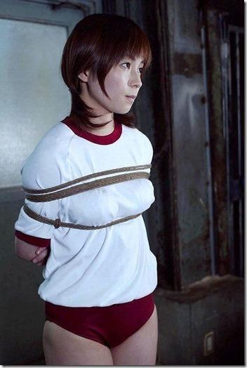 昭和浪漫風;母に内緒で調教された制服娘のSMエロ動画像41