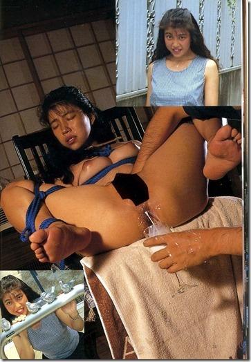 【SMエロ画像】羞恥と縛りで昭和ロマンな夫婦生活13