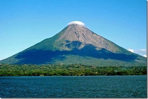 【世界の快道でイク!ニカラグア編】ニカラグア富士に愛された2つ目の運河の国のエロ美女達23