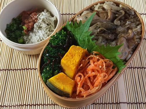 牡蠣と舞茸の炊き込みご飯弁当01