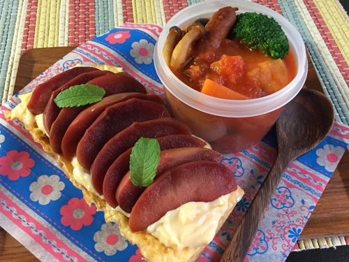 赤ワイン煮紅玉のフレンチトースト弁当01