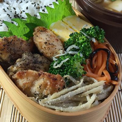 鶏ささ身の梅酢ゆかり揚げ弁当02