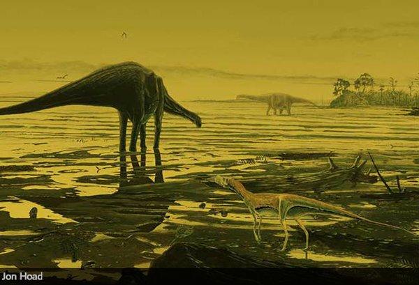 【ネッシー】スコットランドの海岸に大量の「恐竜の足跡」を発見…太古の昔、大型恐竜が海辺を歩いていた?